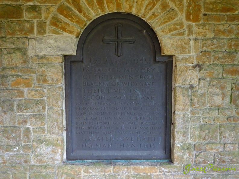 blackmoor-war-memorial-plaque.jpg