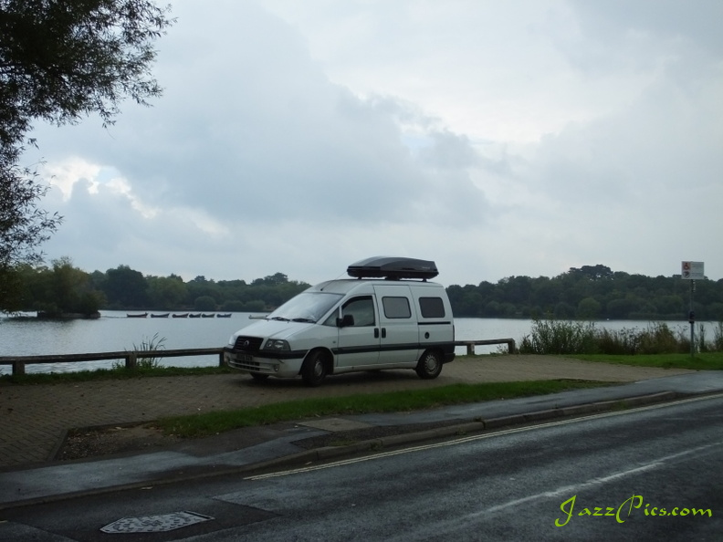 fiat-scudo-camper-by-the-lake.jpg